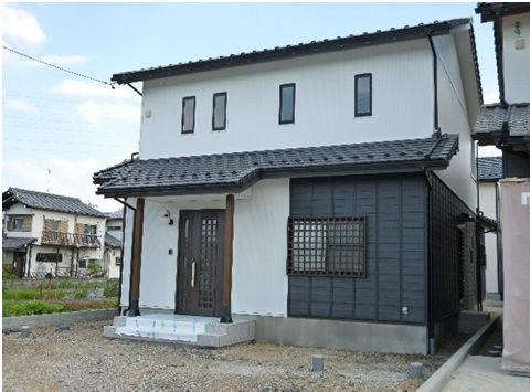 頑丈で長持ちする、今後メンテナンスが楽な外壁を備えた和風住宅
