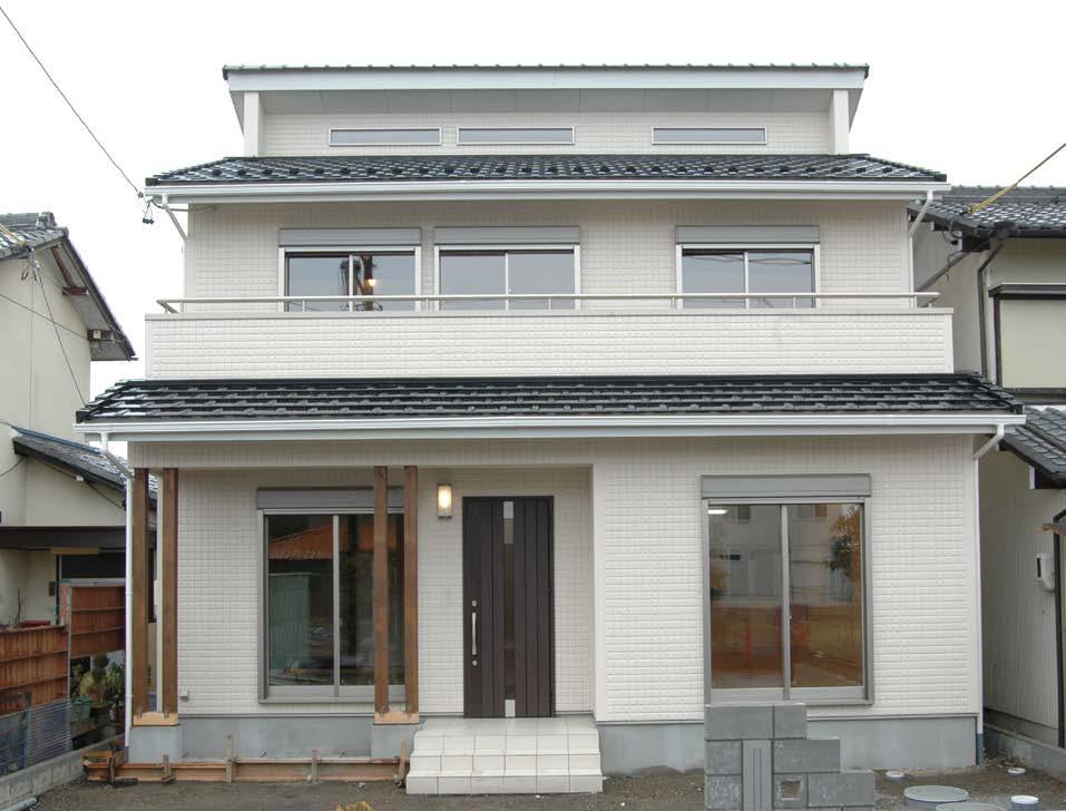 デザインにこだわった玄関ホールのある家