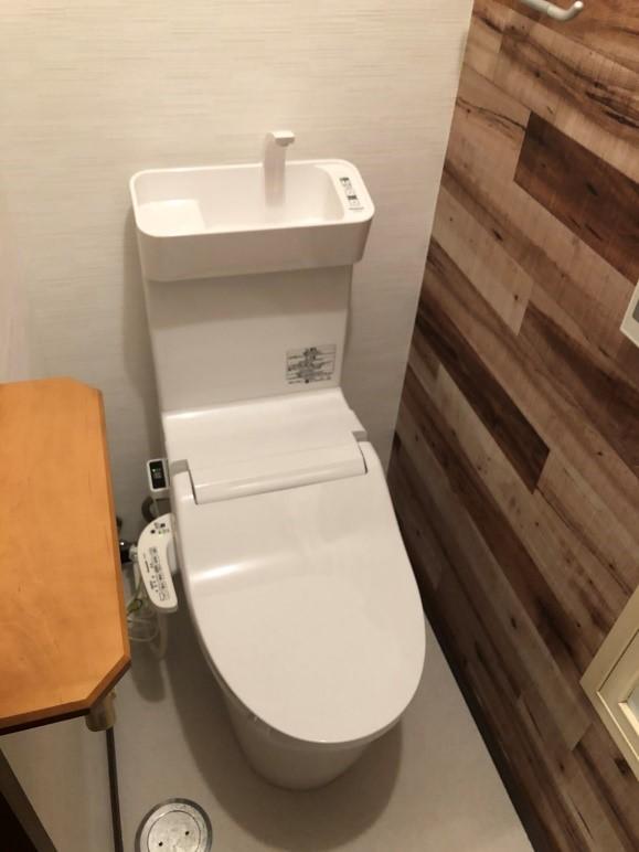 トイレの取り換え・床の取り換え